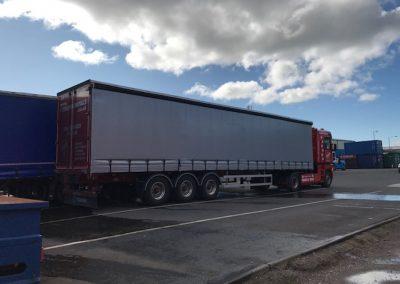 16m Arctic Removals Truck